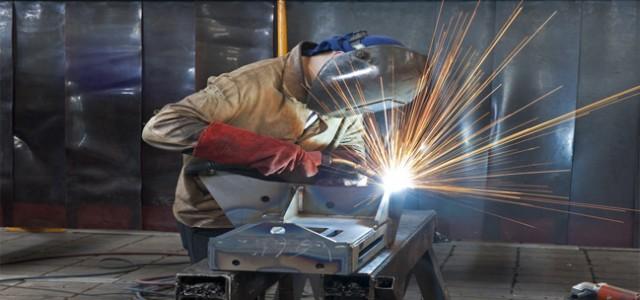 Le travail de l'acier, l'aluminium, pour la réalisation de : -Menuiseries,métalliqueset aluminium, portesd'entréesd'immeubles, passerelles, escaliers, planchers, poutres, grilles de defense, rampes, garde corps et mains courantes - Sécurisation portes,fenêtreset enceintes techniques Pour assurer une protection efficace de vos biens, valeurs...